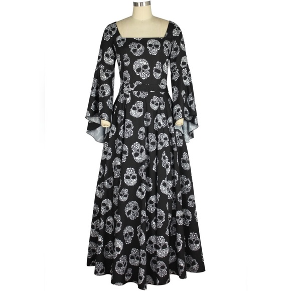 fdd890da26b Plus Size Long Maxi Bell Sleeve Skull Dress Gothic